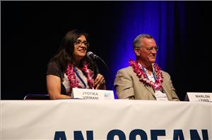 Dr.  Jyotika Virmani and Dr. Marlon Lewis at OceanObs'19. Photo: