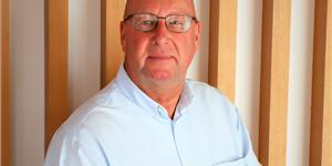 Commercial Diving equipment manufacturer, SmartDives announces the appointment of Stephen Scott as